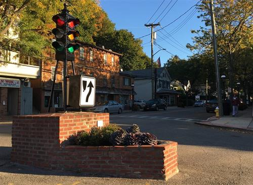 Croton-on-Hudson Traffic Light